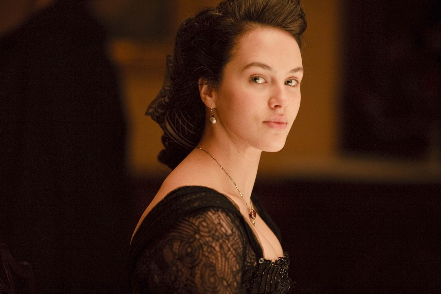 JESSICA BROWN FINDLAY as Lady Sybil Crawley John Lunn   DOWNTON ABBEY (2010)   Soundtrack Suite