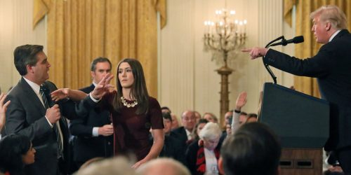 5be40778e4218a65e775ad62 1920 960 500x250 White House press secretary Sarah Sanders tweeted a doctored video of the Jim Acosta mic grab that was shared a couple of hours earlier by the far right site Infowars