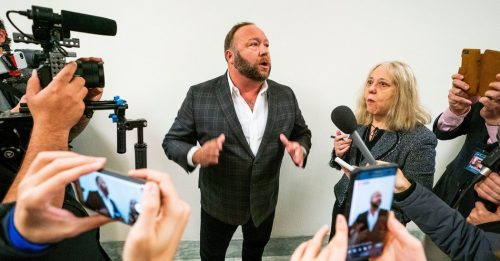 29vid alexjones promo facebookJumbo 500x261 How Alex Jones and Infowars Helped a Florida Man Torment Sandy Hook Families