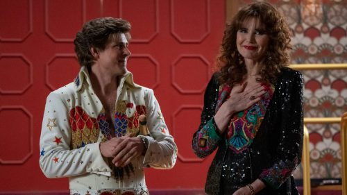 p 1 that scene in and8216glowand8217 season 3 was actually geena davisand8217s idea 500x281 That amazing scene in 'GLOW' S3 that we're all buzzing about? It was Geena Davis's idea