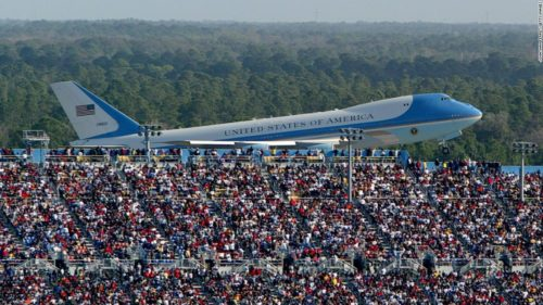 200216174923 bush air force one daytona file 2004 super tease 500x281 Trump campaign manager deletes dramatic Air Force One photo after people point out its from 2004
