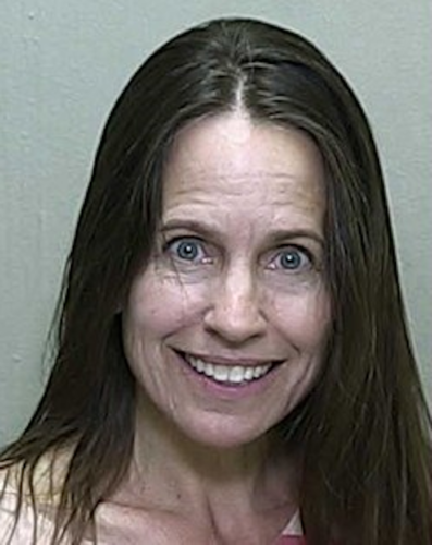 Tina Kindred Outback video 1 397x500 Naked Florida Woman Goes Nuts, Destroys An Outback Steakhouse, Gets Blasted By A Taser – OutKick